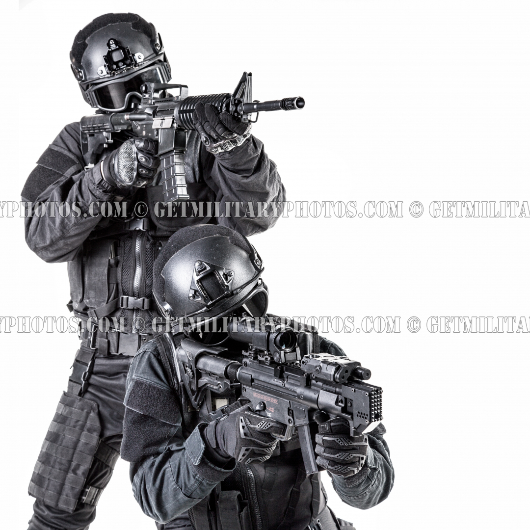 Spec ops police officer SWAT - S.W.A.T. and police - Military and ...